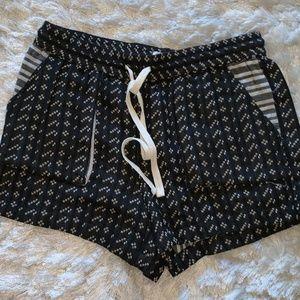 Lou & Grey Size Small Shorts